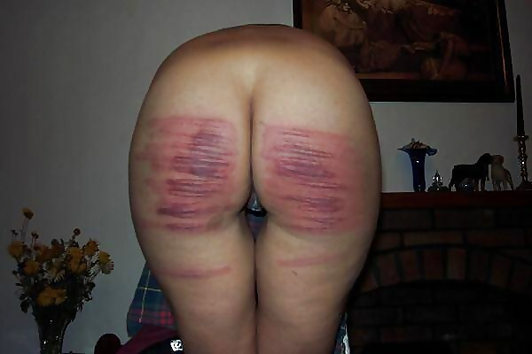 she fingers his ass while fucking
